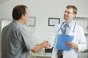 Обращение к врачу вовремя (к статье об орхите)