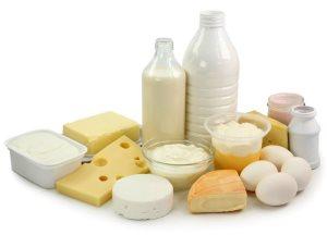 Кисломолочне продукты богаты естественным кальцием, который так нужен для мужчин после 40 лет