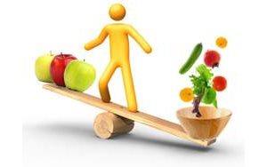 Полноценное питание порой может творить чудеса. Бывает, стоит поменять рацион и сухость кожи (даже на половом члене) пропадает)