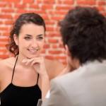Как завести разговор с девушкой?