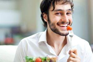Зимний период: чем питаться мужчинам?