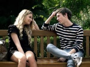 О чем общаться с девушкой при знакомстве