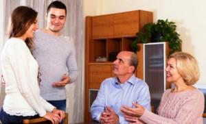 О чем говорить при первой встрече с парнем дочери