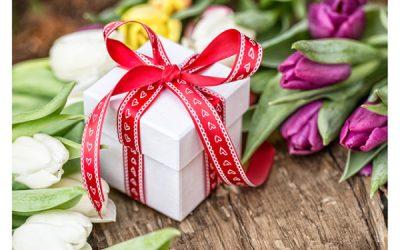 Что подарить женщине на 45 лет на день рождения как удивить любимую или выбрать подарок недорого но со вкусом